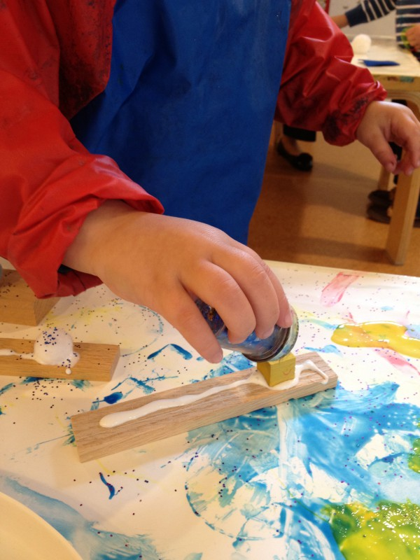 Art Explorations for 3-4s: Fridays at 10:00 (Late Fall 2021)